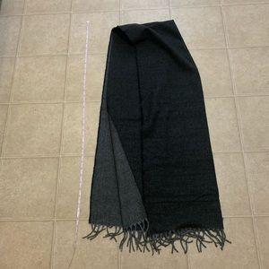 Dual color scarf